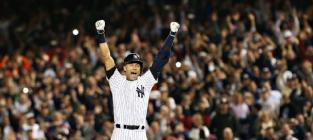 Derek Jeter Gets Walk-Off Hit in Final Home Game, May Be Greatest Human to Ever Live