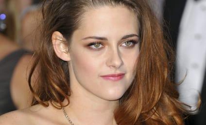 Kristen Stewart Oscars Dress: Grade It!