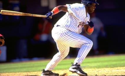 Tony Gwynn Dies; Baseball Hall of Famer Was 54