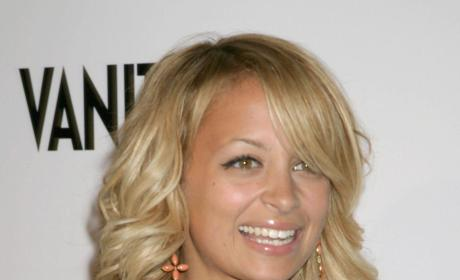 Which Nicole Richie Hairstyle is Hottest?