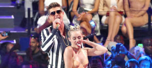 """Cyndi Lauper Trashes Miley Cyrus Performance as """"Sad,"""" Supportive of """"Date Rape"""""""