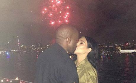 Kim and Kanye Kiss!