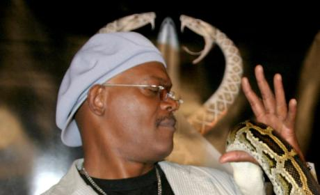 Motherf&%$^n Pic of Samuel L. Jackson and a Motherf&%$^n Snake!