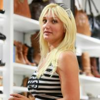 Brooke Hogan Shops