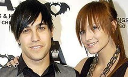 Ashlee Simpson-Wentz Ready to Pop Any Day Now
