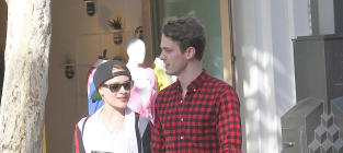 Michael Thomas Grant: Dating Evan Rachel Wood!