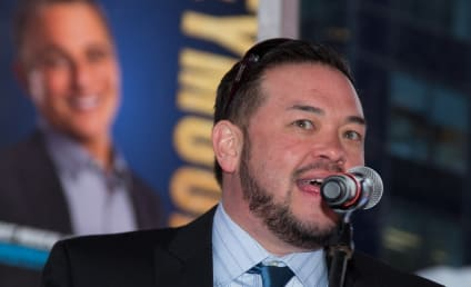 """Jon Gosselin Accused of """"Inappropriate Relationship"""" with 12-Year Old Daughter"""