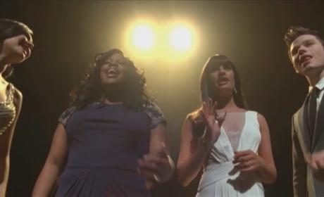 "Glee Cast Honors Whitney Houston, Covers ""How Will I Know"""