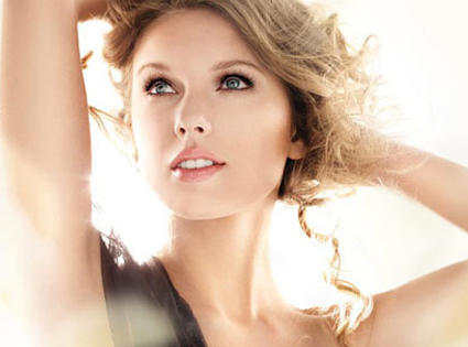 Taylor Swift Cover Girl Ad