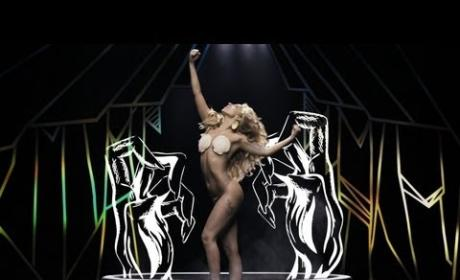 "Lady Gaga ""Applause"" music video: What do you think?"
