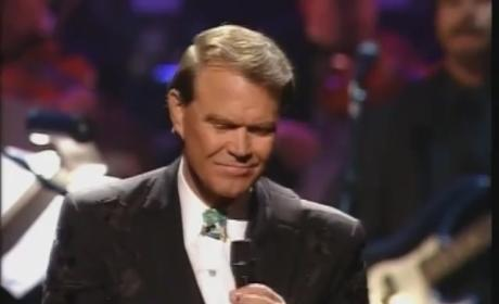 Glen Campbell Diagnosed with Alzheimer's, Planning Farewell Tour
