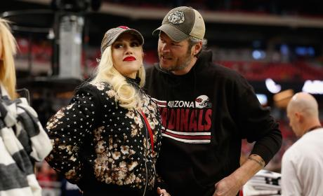 Gwen Stefani and Blake Shelton Watch The Arizona Cardinals Play the Green Bay Packers