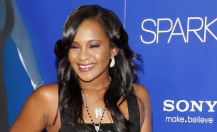 Bobbi Kristina Brown: Deathbed Photo Revealed