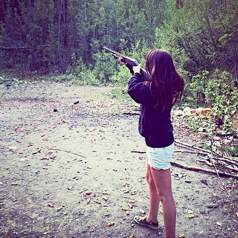 Bristol Palin Gun Photo