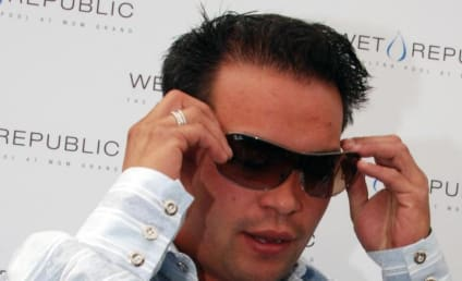 Jon Gosselin Goes Clubbing in Vegas; No New Bedpost Notches Reported