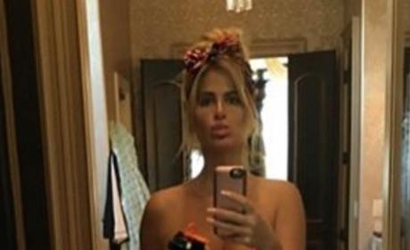 Kim Zolciak-Biermann in a Bikini