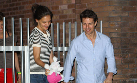 Tom Cruise Divorce Negotiations: Suri the Key Factor