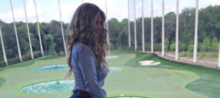 Kim Zolciak Plays Golf
