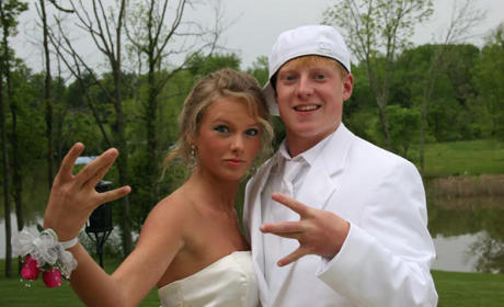 Taylor Swift at Prom
