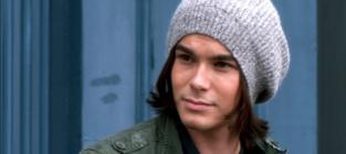Tyler Blackburn Returning as Series Regular on Pretty Little Liars Season 5