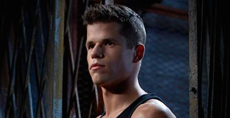 Charlie Carver Photo