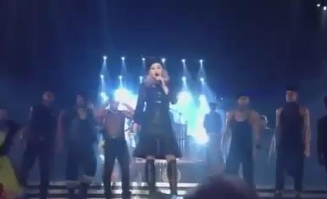 Madonna Booed For Obama Endorsement in Concert