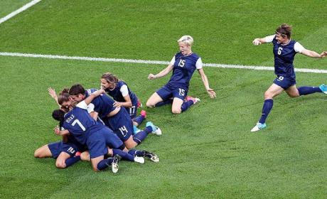 U.S. Women's Soccer Team: Golden!!!
