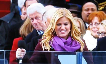 Kelly Clarkson: Photobombed by Bill Clinton!
