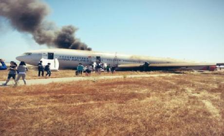 San Francisco Plane Crash Leaves 2 Dead, Many Injured