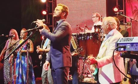Chris Pratt Duets with Jimmy Buffet at Jurassic World After-Party