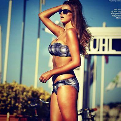 Robyn Lawley in Cosmo