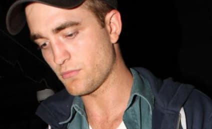 Source Spots Robert Pattinson and Kristen Stewart at Concert, Confirms Hook Up Suspicions