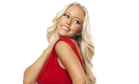 Random New Couple Alert: Kendra Wilkinson and Hank Baskett
