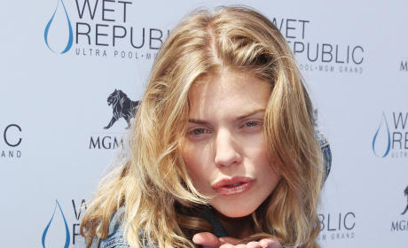 Kiss from AnnaLynne McCord