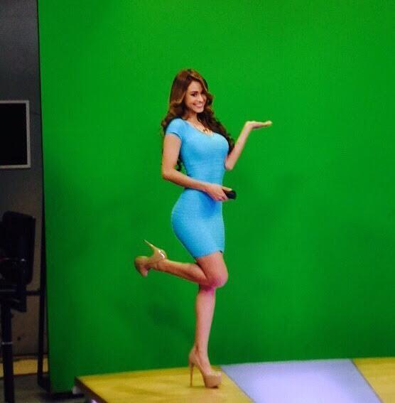 13 Yanet Garcia Photos: Mexican Weather Girl Brings the Heat - Page 2 ...