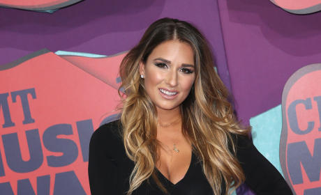 Jessie James Decker: So...This Is My Breast Pump