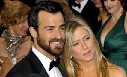 Jennifer Aniston and Justin Theroux: Wedding on Hold!
