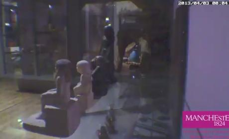 Statue Moves By Itself Inside Museum: Watch!