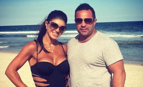 Teresa Giudice: Blindsided By Joe Giudice Divorce Filing After Entering Prison?