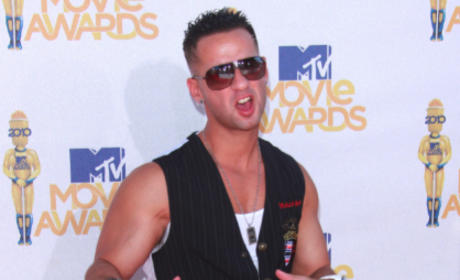The Situation or Pauly D: Who looked better at the MTV Movie Awards?