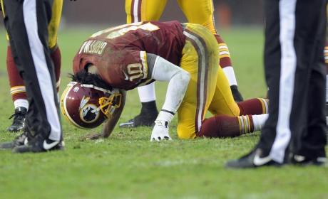 RG3 Knee Injury Raises Questions, Concerns for Redskins