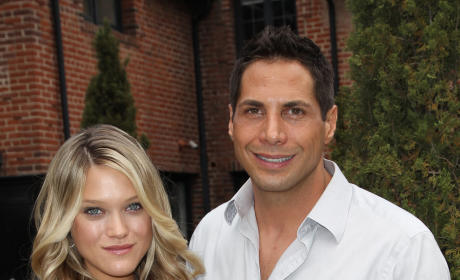 Joe Francis and Abbey Wilson Welcome Twin Daughters!