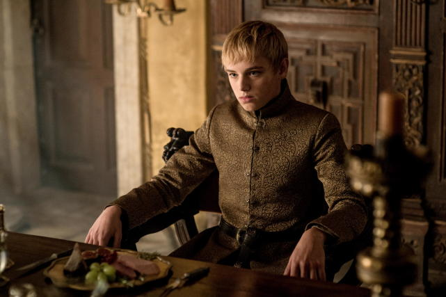 Tommen gonna hit you out