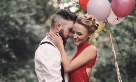 Maci Bookout & Taylor McKinney Holding Each Other Close