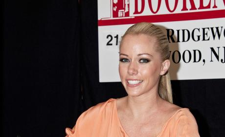 Kendra Wilkinson Keeps Talking About Sex