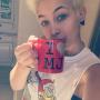 "Paris Jackson Shows Off ""I Love MJ"" Mug"