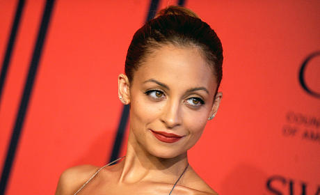 Nicole Richie Shames Paparazzo with Kid-Dropping Story, Photo