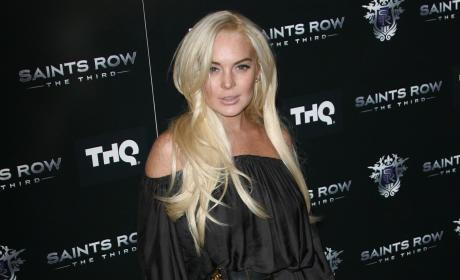 Neighbors to Lindsay Lohan: AND Stay Out!