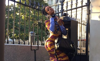 Rihanna Visits The White House, Shows Love for Scandal
