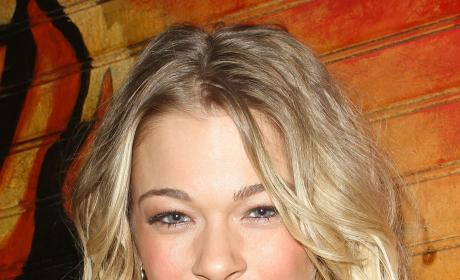 LeAnn Rimes: Out of Rehab!